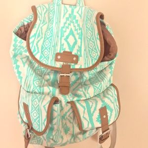 Mid-sized Backpack
